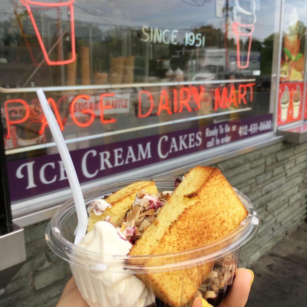 toasted almond raspberry cake sundae